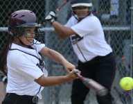 Going, going... Dowling hits 5 homers in softball rout