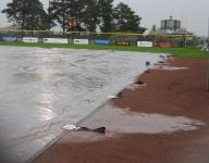 Lightning, rain delay state softball tournament