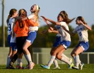 Decatur clinches Bayside South with 2-1 win