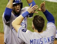 Royals beat Giants 3-2 for 2-1 World Series lead