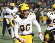 St. Ignatius' Dre'Mont Jones receives All-American Bowl jersey