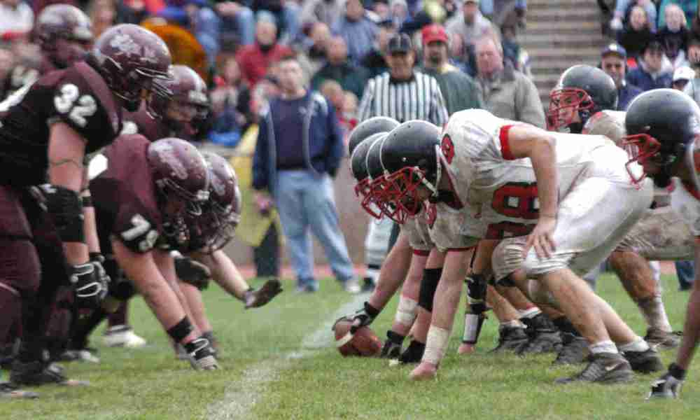 Easton (Pa.) and Phillipsburg (N.J.) have played against each other on Thanksgiving each year since 1916