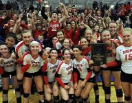 Manitowoc Lincoln wins WIAA Division 1 Sectional Volleyball Finals