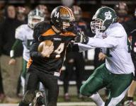 Middlebury football reigns again in Division I
