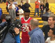 Derrick Jones flies over two of nation's best to win City of Palms dunk contest