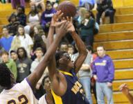 Eagles stay poised down stretch to pull out victory