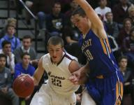 Dowling makes last move in thrilling win over Wahlert