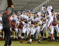 AHSAA Notes: Fyffe's Benefield finally gets his ring