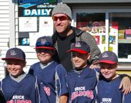 Todd Frazier and other pros to speak at TR sports forum