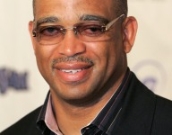 Stuart Scott's high school to induct him into Hall of Fame