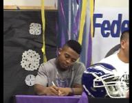 Federal Way's McClatcher officially signs with Washington