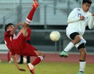 Desert Mirage jumps to top of De Anza with crucial win