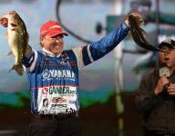 Rojas makes up for lost time in Day 1 of Bassmaster