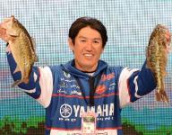 Takahiro Omori moves into lead at Bassmaster Classic