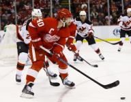 Red Wings' Zetterberg: 'I'm significantly better'
