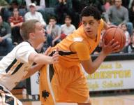 Raiders fall short in bid to defeat No. 5 Wolves