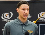 GALLERY: Ben Simmons receives his Gatorade National Boys Basketball POY trophy