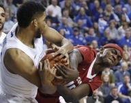 Kentucky handles Arkansas to clinch SEC