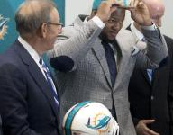 Ndamukong Suh signs $114 million deal with Dolphins