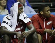 Still Purr-fect: Kentucky handles Hogs for SEC title