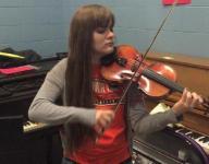 Glendale violinist Allison Johnston