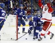Mrazek shuts down Lightning, Red Wings win Game 5
