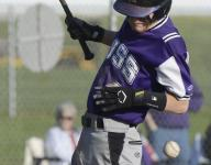Little Giants capitalize on miscues in nonleague win