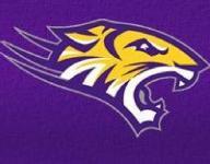 Benton cruises to quarterfinals