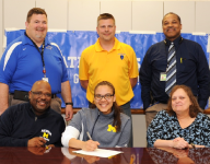 Redford Union's Reed signs to hoop it up at UM-Dearborn