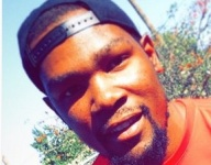 Hey look! It's Kevin Durant at Fairfax Summer Classic in LA