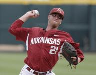 Wow! Hogs leave no doubt in Game 1