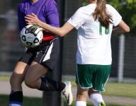 Historical season, winning streak ends for Leslie soccer