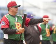 Frank Gonzales to make pro debut as manager Thursday