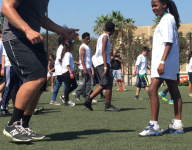 Gatorade Athlete of the Year finalists, pros lead drills at Play It Forward Clinic