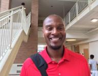 Former NBA star LaPhonso Ellis passing on lessons to travel team