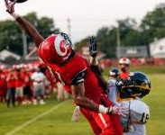 Receiver at Manual in Kentucky makes amazing Odell Beckham-like catch