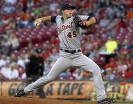 Tigers fall to Reds after coughing up 5-run lead
