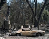 Rival schools help California school devastated by wildfires