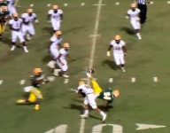 VIDEO: South Carolina team pulls off perfect hook-and-ladder during key win