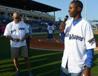 Charlie Ward joins Blue Wahoos staff in new roles