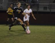 Hendersoville outlasts Rossview High in region soccer