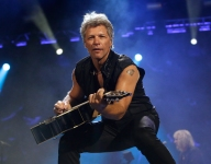 Jon Bon Jovi sends message of support to New Jersey school after player's death