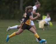 GIRLS' SOCCER: Keepers show up as Quakers draw Bears