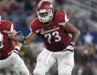 Bielema, SEC laud Arkansas offensive linemen