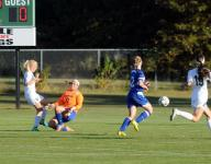 Vilov, Rush push Rams past Seahawks and into first