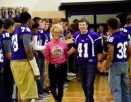 Memories 'come flooding back' for Ross' NFL alumni