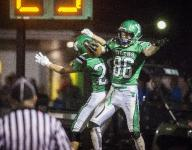 Applegate picks off a win for Yorktown