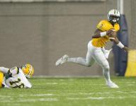 "5-star LB Lyndell ""Mack"" Wilson plays QB in final game"