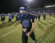 Chandler burns Hamilton with big pass play, beats rival for 3rd straight time