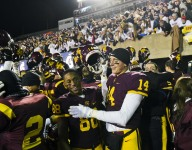No. 24 Loyola Academy (Ill.) completes perfect season with 8A state title